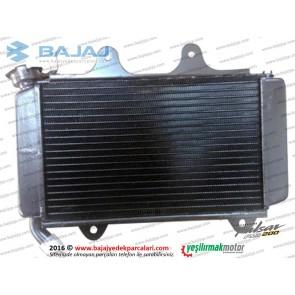 Bajaj Pulsar RS200 Radyatör Komple